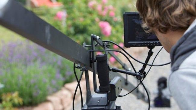 imagefilmproduktion-kamerakran-mit-monitor