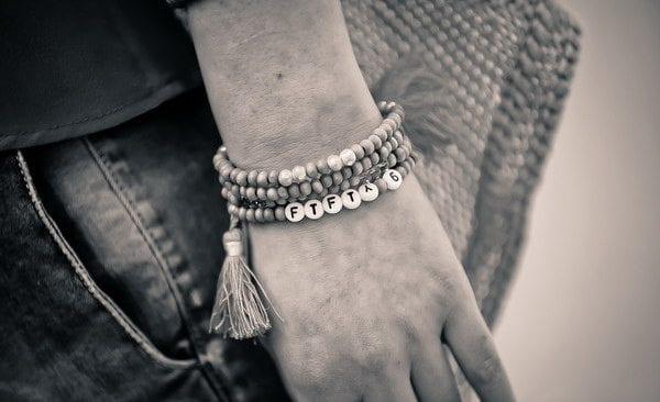 Spot Armband schwarz-weiß