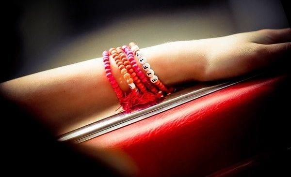 Spot Armband